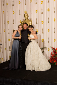 """""""The 81st Annual Academy Awards"""" (Press Room)Kate Winslet, Sean Penn, Penelope Cruz02-22-2009Photo by Bryan Crowe © 2009 A.M.P.A.S. - Image 23704_0322"""