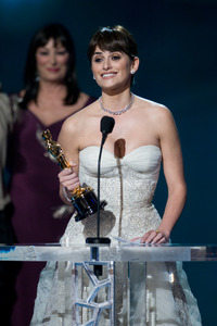 """""""The 81st Annual Academy Awards"""" (Telecast)Penelope Cruz02-22-2009Photo by Michael Yada © 2009 A.M.P.A.S. - Image 23704_0457"""