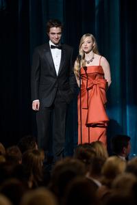 """The 81st Annual Academy Awards"" (Telecast)Robert Pattinson, Amanda Seyfried02-22-2009Photo by Michael Yada © 2009 A.M.P.A.S. - Image 23704_0517"