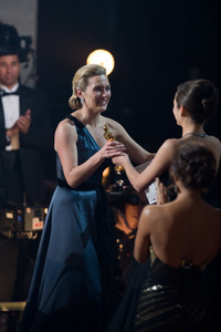 """""""The 81st Annual Academy Awards"""" (Telecast)Kate Winslet02-22-2009Photo by Darren Decker © 2009 A.M.P.A.S. - Image 23704_0524"""