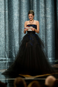 """The 81st Annual Academy Awards"" (Telecast)Marion Cotillard02-22-2009Photo by Michael Yada © 2009 A.M.P.A.S. - Image 23704_0590"