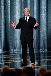 """""""The 81st Annual Academy Awards"""" (Telecast)Anthony Hopkins02-22-2009Photo by Michael Yada © 2009 A.M.P.A.S. - Image 23704_0602"""