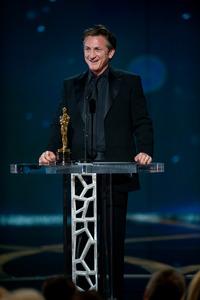 """The 81st Annual Academy Awards"" (Telecast)Sean Penn02-22-2009Photo by Michael Yada © 2009 A.M.P.A.S. - Image 23704_0605"