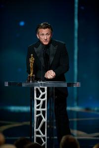 """The 81st Annual Academy Awards"" (Telecast)Sean Penn02-22-2009Photo by Michael Yada © 2009 A.M.P.A.S. - Image 23704_0606"