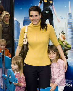"""Monsters vs. Aliens"" (Premiere)Angie Harmon03-22-2009 / Gibson Amphitheatre / Universal City, CA / DreamWorks / Photo by Benny Haddad - Image 23707_0431"