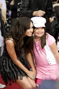 """Hannah Montana: The Movie"" (Premiere)Demi Lovato and sister Madison De La Garza04-02-2009 / El Capitan Theatre / Hollywood, CA / Walt Disney Pictures / Photo by Benny Haddad - Image 23710_0026"
