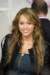 """Hannah Montana: The Movie"" (Premiere)Miley Cyrus04-02-2009 / El Capitan Theatre / Hollywood, CA / Walt Disney Pictures / Photo by Benny Haddad - Image 23710_0047"