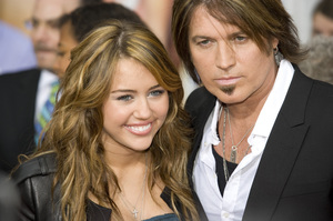 """Hannah Montana: The Movie"" (Premiere)Miley Cyrus, Billy Ray Cyrus04-02-2009 / El Capitan Theatre / Hollywood, CA / Walt Disney Pictures / Photo by Benny Haddad - Image 23710_0054"