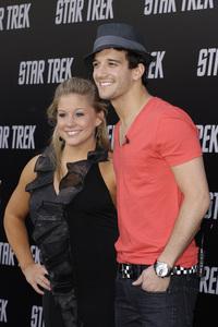 """""""Star Trek"""" (Premiere) Mark Ballas, Shawn Johnson 04-30-2009 / Grauman"""