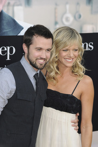 """""""Julie & Julia"""" Premiere Kaitlin Olson & Rob McElhenney7-27-2009 / Mann Village Theater / Westwood, CA / Sony Pictures / Photo by Heather Holt - Image 23754_0169"""