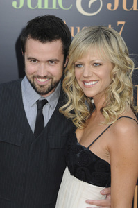"""""""Julie & Julia"""" Premiere Kaitlin Olson & Rob McElhenney7-27-2009 / Mann Village Theater / Westwood, CA / Sony Pictures / Photo by Heather Holt - Image 23754_0175"""