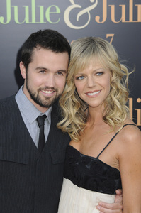 """""""Julie & Julia"""" Premiere Kaitlin Olson & Rob McElhenney7-27-2009 / Mann Village Theater / Westwood, CA / Sony Pictures / Photo by Heather Holt - Image 23754_0177"""