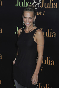 """Julie & Julia"" Premiere  Molly Sims7-27-2009 / Mann Village Theater / Westwood, CA / Sony Pictures / Photo by Heather Holt - Image 23754_0273"