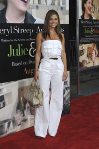 """Julie & Julia"" Premiere Maria Menounos7-27-2009 / Mann Village Theater / Westwood, CA / Sony Pictures / Photo by Heather Holt - Image 23754_0286"
