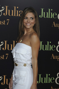 """Julie & Julia"" Premiere Maria Menounos7-27-2009 / Mann Village Theater / Westwood, CA / Sony Pictures / Photo by Heather Holt - Image 23754_0287"