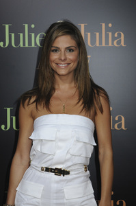 """""""Julie & Julia"""" Premiere Maria Menounos7-27-2009 / Mann Village Theater / Westwood, CA / Sony Pictures / Photo by Heather Holt - Image 23754_0290"""
