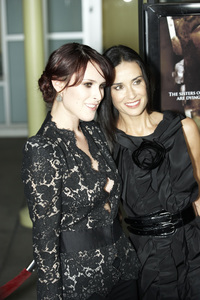 """""""Sorority Row"""" Premiere Rumer Willis and Demi Moore9-3-2009 / ArcLight Theater / Hollywood, CA / Summit Entertainment / Photo by Benny Haddad - Image 23790_0151"""