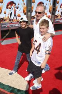 """Cloudy with a Chance of Meatballs"" Premiere James Caan and family9-12-2009 / Mann Village Theater / Westwood, CA / Columbia Pictures / Photo by Joelle Leder - Image 23792_0060"