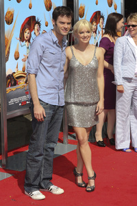 """""""Cloudy with a Chance of Meatballs"""" Premiere Bill Hader and Anna Faris9-12-2009 / Mann Village Theater / Westwood, CA / Columbia Pictures / Photo by Joelle Leder - Image 23792_0072"""