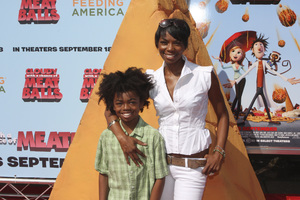 """""""Cloudy with a Chance of Meatballs"""" Premiere Vanessa A. Williams and son9-12-2009 / Mann Village Theater / Westwood, CA / Columbia Pictures / Photo by Joelle Leder - Image 23792_0096"""