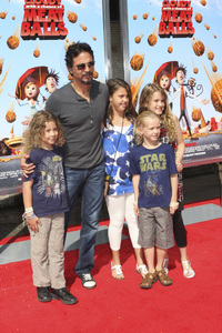 """Cloudy with a Chance of Meatballs"" Premiere Benjamin Bratt and family9-12-2009 / Mann Village Theater / Westwood, CA / Columbia Pictures / Photo by Joelle Leder - Image 23792_0100"