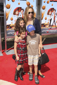 """""""Cloudy with a Chance of Meatballs"""" Premiere Kim Raver and family9-12-2009 / Mann Village Theater / Westwood, CA / Columbia Pictures / Photo by Joelle Leder - Image 23792_0124"""