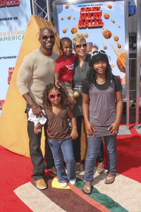 """Cloudy with a Chance of Meatballs"" Premiere Terry Crews, Rebecca Crews and family9-12-2009 / Mann Village Theater / Westwood, CA / Columbia Pictures / Photo by Joelle Leder - Image 23792_0126"