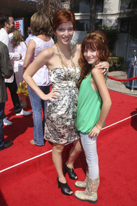 """Cloudy with a Chance of Meatballs"" Premiere Dani Thorne and Bella Thorne9-12-2009 / Mann Village Theater / Westwood, CA / Columbia Pictures / Photo by Joelle Leder - Image 23792_0148"