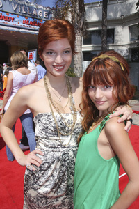 """""""Cloudy with a Chance of Meatballs"""" Premiere Dani Thorne and Bella Thorne9-12-2009 / Mann Village Theater / Westwood, CA / Columbia Pictures / Photo by Joelle Leder - Image 23792_0149"""