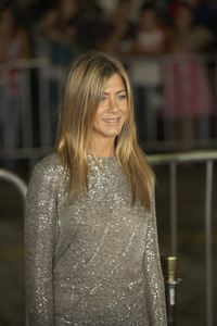 """""""Love Happens"""" Premiere Jennifer Aniston9-15-2009 / Mann Village Theater / Westwood, CA / Universal Pictures / Photo by Benny Haddad - Image 23793_0094"""