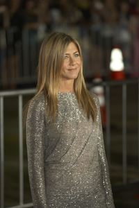 """""""Love Happens"""" Premiere Jennifer Aniston9-15-2009 / Mann Village Theater / Westwood, CA / Universal Pictures / Photo by Benny Haddad - Image 23793_0103"""