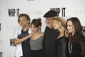 """""""Whip It""""Mikaela Spielberg, Sasha Spielberg, Steven Spielberg, Drew Barrymore, Ellen Page9-29-2009 / Grauman"""