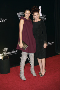 Rodeo Drive Walk of Style AwardDebra Messing and Angie Harmon10-22-2009 / Rodeo Drive / Beverly Hills, CA / Photo by Benny Haddad - Image 23800_0029