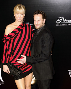 Rodeo Drive Walk of Style AwardJenna Elfman, Bodhi Elfman10-22-2009 / Rodeo Drive / Beverly Hills, CA / Photo by Benny Haddad - Image 23800_0076
