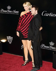Rodeo Drive Walk of Style AwardJenna Elfman, Bodhi Elfman10-22-2009 / Rodeo Drive / Beverly Hills, CA / Photo by Benny Haddad - Image 23800_0078