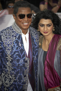 """""""This Is It"""" PremiereJermaine Jackson, Halima Rashid10-27-2009 / Nokia Theatre L.A. Live / Los Angeles, CA / Columbia Pictures / Photo by Benny Haddad - Image 23803_0134"""