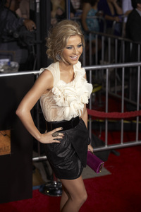 """""""The Twilight Saga: New Moon"""" PremiereJulianne Hough11-16-2009 / Mann Village and Bruin Theaters / Westwood, CA / Summit Entertainment / Photo by Benny Haddad - Image 23804_0292"""
