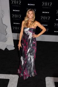 """""""2012"""" PremiereCandis Cayne11-3-2009 / Regal Cinemas LA Live / Los Angeles CA / Columbia Pictures / Photo by Joelle Leder - Image 23808_0114"""