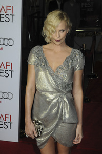 """The Road"" PremiereCharlize Theron11-4-2009 / Grauman"