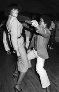 Benny Medina dancing with Angie Sylvers at a disco in Los Angeles 1978 © 1978 Bobby Holland - Image 23837_0002