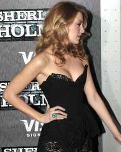 """""""Sherlock Holmes"""" PremiereBlake Lively12-17-2009 / Lincoln Center Starr Theater / New York, NY / Warner Brothers / Photo by Cecelia Post - Image 23847_0083"""