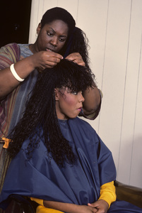 Patrice Rushen and hair stylist Sibongile Bradley 1984 © 1984 Bobby Holland - Image 23854_0030