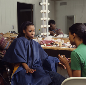 Patrice Rushen and make-up artist Tara Posey 1984 © 1984 Bobby Holland - Image 23854_0035