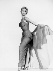 """Mitzi Gaynor in """"The Birds and the Bees""""1956 Paramount** I.V. / M.T. - Image 2386_0052"""