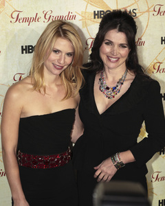 """Temple Grandin"" PremiereClaire Danes, Julia Ormand1-26-2010 / Time Warner Center / New York NY / HBO Films / Photo by Cecelia Post - Image 23870_0099"