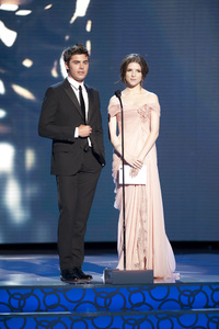 """""""The Academy Awards - 82nd Annual"""" (Telecast)Zac Efron, Anna Kendrick3-7-2010Photo by Matt Petit © 2010 A.M.P.A.S. - Image 23908_0047"""