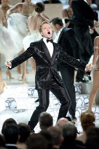 """""""The Academy Awards - 82nd Annual"""" (Telecast)Neil Patrick Harris3-7-2010Photo by Michael Yada © 2010 A.M.P.A.S. - Image 23908_0087"""