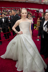 """""""The Academy Awards - 82nd Annual"""" (Arrivals)Amanda Seyfried3-7-2010Photo by Richard Harbaugh © 2010 A.M.P.A.S. - Image 23908_0169"""