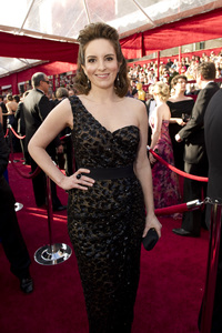 """""""The Academy Awards - 82nd Annual"""" (Arrivals)Tina Fey3-7-2010Photo by Richard Harbaugh © 2010 A.M.P.A.S. - Image 23908_0175"""