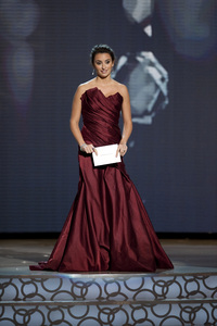 """""""The Academy Awards - 82nd Annual"""" (Telecast)Penelope Cruz3-7-2010Photo by Michael Yada © 2010 A.M.P.A.S. - Image 23908_0286"""